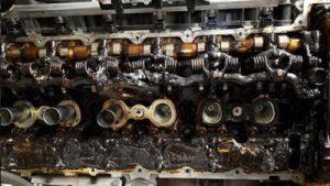 Engine Flush Membantu Melarutkan Endapan Lumpur/Sludge
